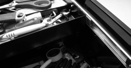 pexels photo 209327 420x218 - Tips for packing your garage